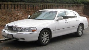 Lincoln_Town_Car_Limo