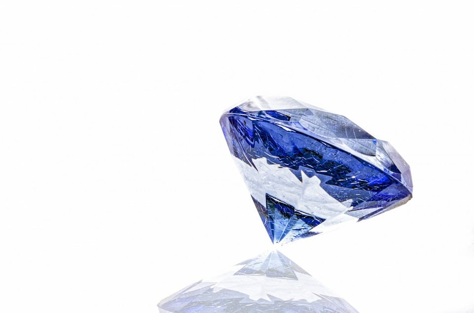 Positive Effects of Blue Sapphire that Rid Negative Effects of Saturn