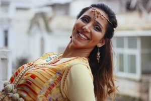What Is Laughter Yoga And How Does It Help With Stress?