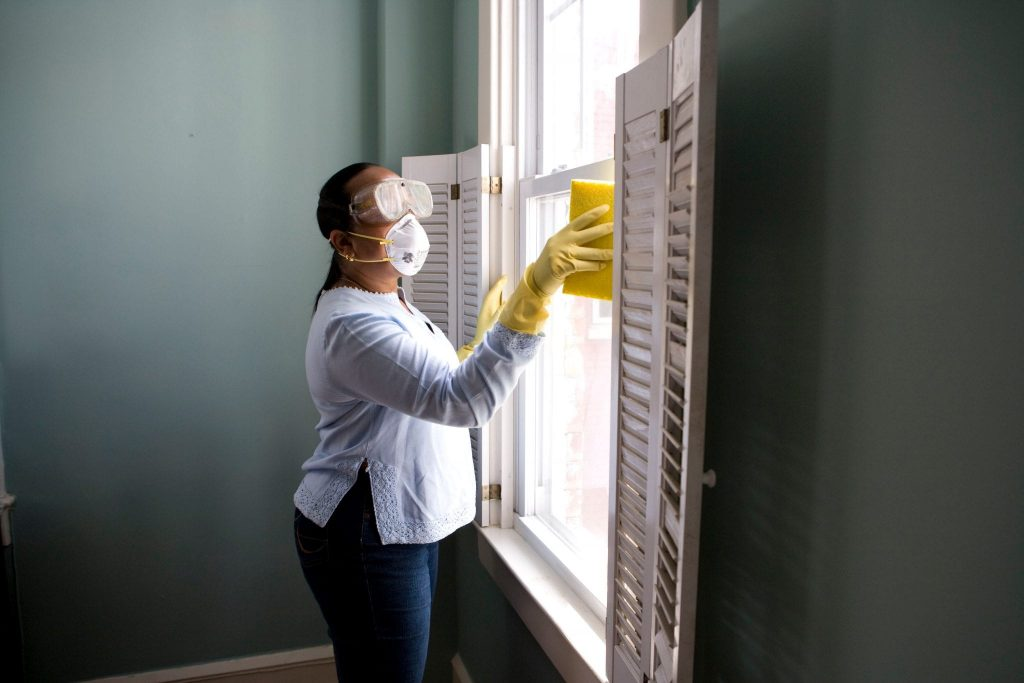 Cleaning Before Moving: Useful Strategies