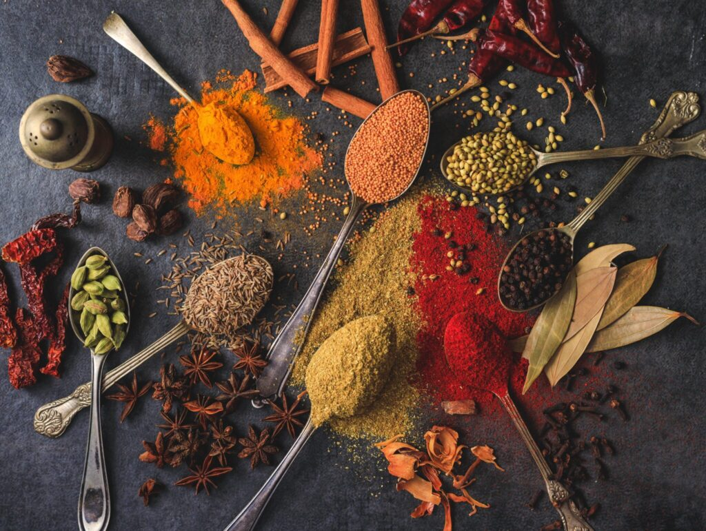 What are the general health benefits of spices?